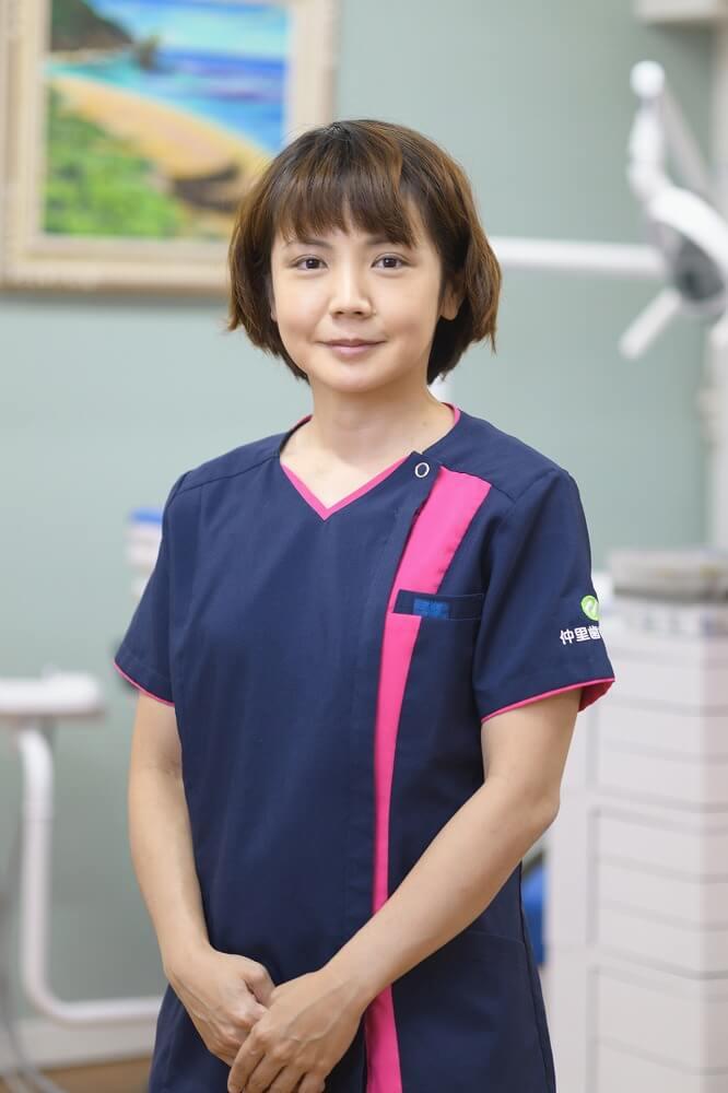 歯科医師 宮城 麻理子